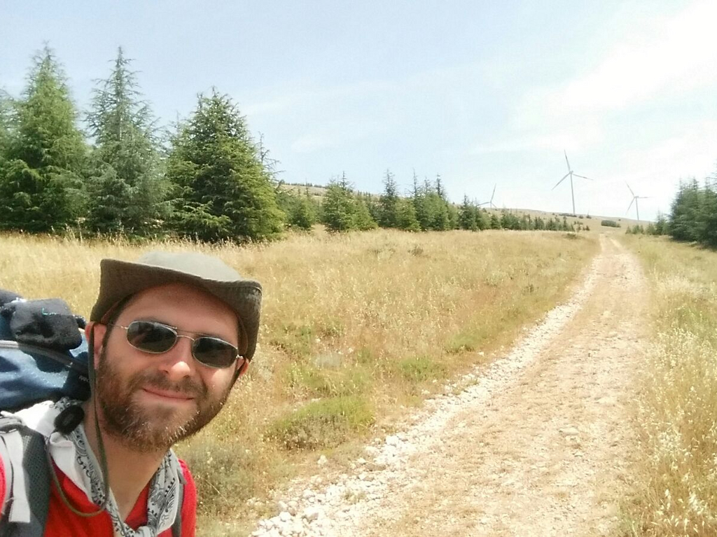 Aldo e sentiero2 Cammino Francesco 2016