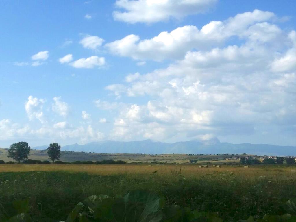 campo e nubi Cammino Francesco 2016