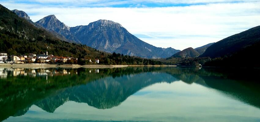 Esplorazioni_Dolomiti_Friulane_lago_Passicreativi